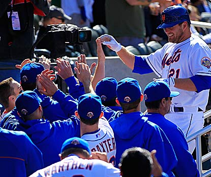Nobody is more popular in the Mets' clubhouse than Lucas Duda, who records his first multi-homer game in a winning cause. (Getty Images)
