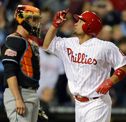 Shane Victorino homers to help the Phillies beat the Marlins and move to .500 for the young season.  (Getty Images)