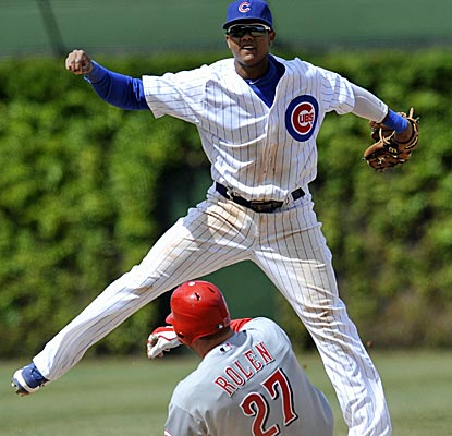 Cubs shortstop Starlin Castro goes 2 for 5 at the plate to up his average to .352 on the year.  (US Presswire)