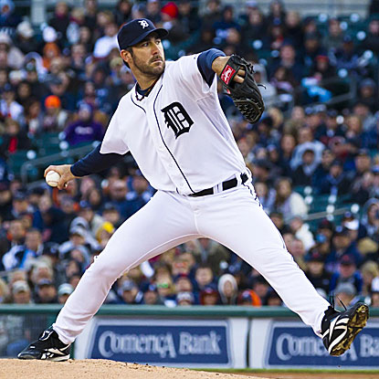 The Tigers' Justin Verlander goes six innings without allowing an earned run to beat the Rangers.  (US Presswire)