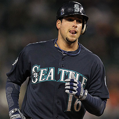 Alex Liddi records a career-high three hits to help the Mariners end their four-game losing streak.  (Getty Images)