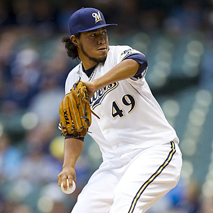 The Brewers' Yovani Gallardo pitches six strong innings, allowing two runs and striking out eight to earn the victory.  (Getty Images)