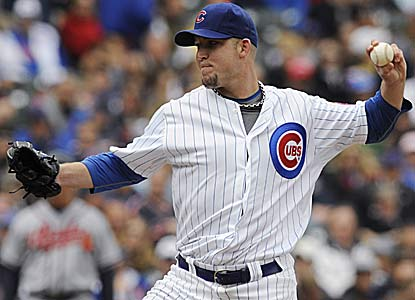 Paul Maholm outpitches Tim Hudson, allowing three hits in seven innings for his fourth straight win. (Getty Images)