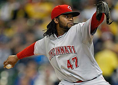 Johnny Cueto pitches seven scoreless innings to help manager Dusty Baker get his 1,500th victory. (Getty Images)