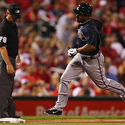 Michael Bourn goes 3 for 6 with a homer and two RBI, powering the Braves past the Cardinals.  (Getty Images)