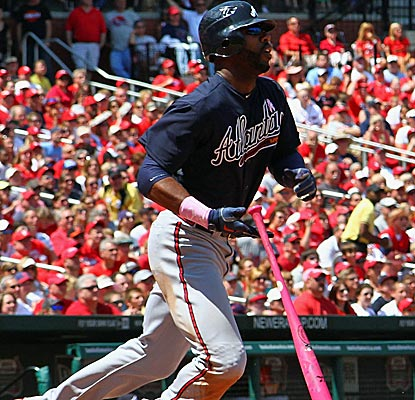 Jason Heyward finishes off a tough at-bat with a bases-clearing double to help the Braves defeat the Cardinals.  (Getty Images)