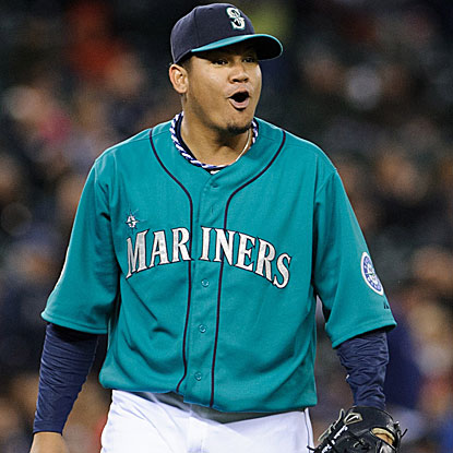 The Mariners' Felix Hernandez goes eight strong innings, allowing one runs while striking out seven to defeat the Rangers.  (US Presswire)