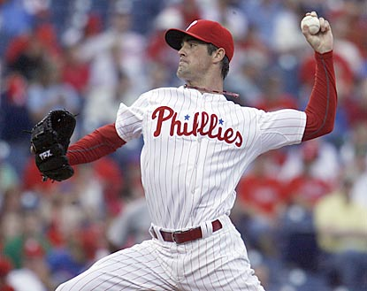 Cole Hamels goes eight strong innings to improve his record to 7-1 and lower his ERA to 2.19.  (AP)