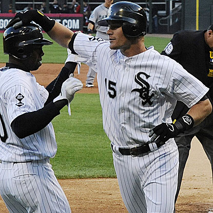Gordon Beckham hits two home runs to help the White Sox stay hot, defeating the Mariners for their ninth consecutive win.  (Getty Images)