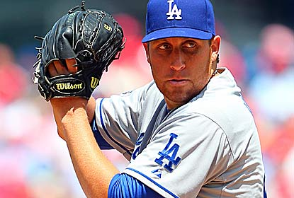 Aaron Harang pitches six solid innings for the Dodgers, who complete their first four-game sweep at Philly in 66 years. (Getty Images)