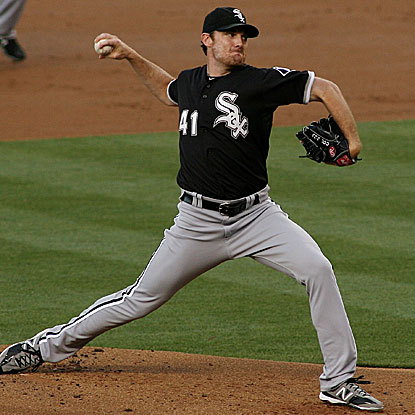 Philip Humber pitches in and out of trouble over five innings but picks up the win for the White Sox.  (Getty Images)