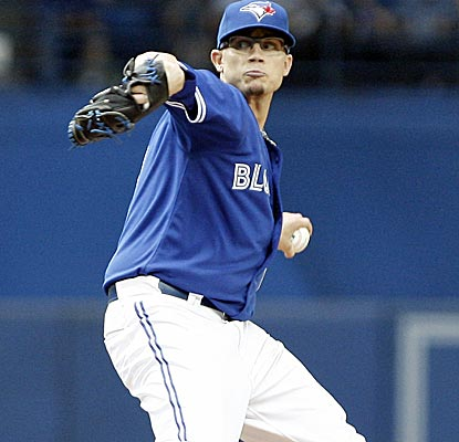 Blue Jays starter Brett Cecil allows two runs over five innings of work to earn his first victory in over a year.  (Getty Images)