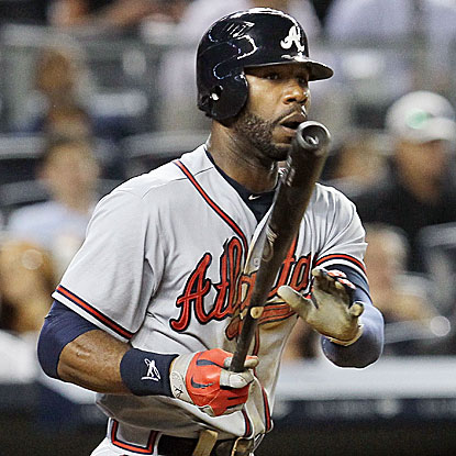 Jason Heyward goes 2-for-3 with a triple and the go-ahead RBI to lift the Braves over the Yankees.  (Getty Images)