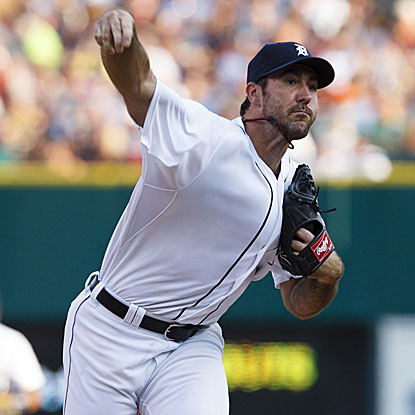 The Tigers' Justin Verlander retires 12 of the first 13 batters he faces en route to his victory against the Cardinals.  (US Presswire)