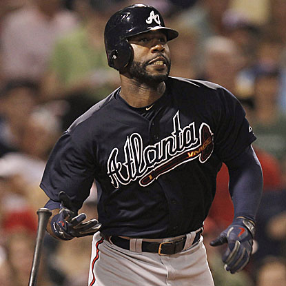 Jason Heyward goes 3 for 4 with a pair of doubles to help the Braves win their third straight.  (Getty Images)