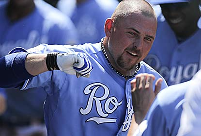 Billy Butler' hits the go-ahead HR for Royals, who complete a sweep of their own after being swept by the Cards. (Getty Images)