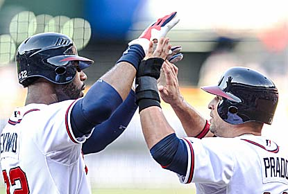 Jason Heyward (left) connects for a two-run HR in the first inning to help the Braves open up an early 4-0 lead vs. the Cubs. (US Presswire)
