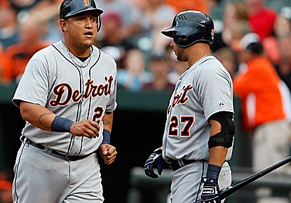 Miguel Cabrera and Jhonny Peralta each homer to lead the Tigers to their sixth straight victory. (Getty Images)