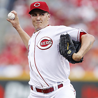 Homer Bailey goes eight strong innings to defeat the Cardinals, giving the Reds a sixth straight victory. (Getty Images)