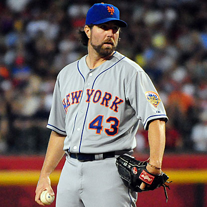 The Mets' R.A. Dickey rebounds from his first loss in three months to earn his National League-leading 14th win. (US Presswire)