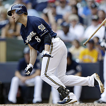 Ryan Braun connects for his 29th homer of the season, tops in the NL, in the Brewers' lopsided win against the Astros.  (AP)