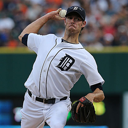 The Tigers' Doug Fister retires the first 17 batters he faces and goes on to allow one run in a complete-game victory. (Getty Images)