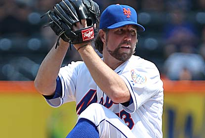 R.A. Dickey K's 10 while snapping Jose Reyes' 26-game hitting streak. He also helps the Mets halt a 9-game home losing skid. (US Presswire)