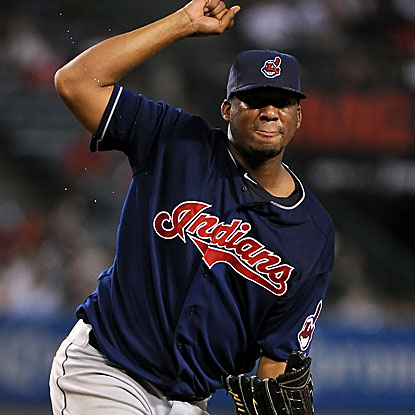 Roberto Hernandez was arrested in January while trying to renew his visa under the name Fausto Carmona. (Getty Images)