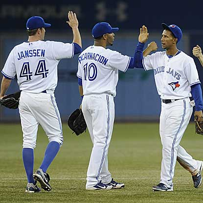 The Blue Jays win to avoid a three-game series sweep and also snap the Orioles' three-game winning streak. (Getty Images)