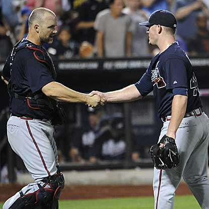 The Braves defeat the Mets and tally their third straight shutout to stretch their scoreless innings streak to 28.  (AP)