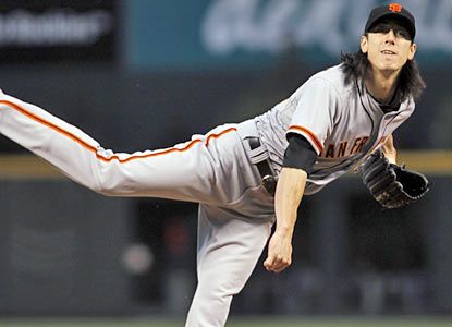 Tim Lincecum does enough to earn a career-best fifth straight road win while notching his ninth W on the season. (AP)