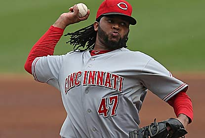 Johnny Cueto pitches six shutout innings as the Reds ensure themselves of at least a wild-card spot. (Getty Images)