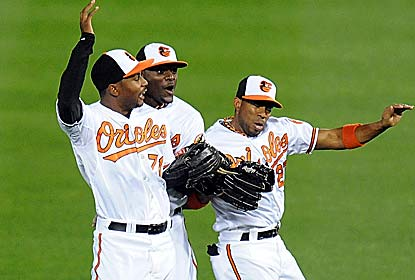 The O's bounce back against the Blue Jays and remain within 1 1/2 games of the AL East-leading Yankees. (Getty Images)