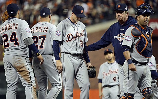Tigers pitcher Drew Smyly talks with pitching coach Jeff Jones in the seventh inning. (US Presswire)