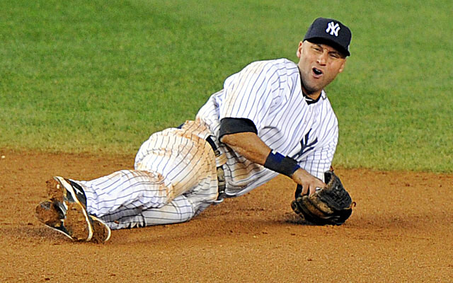 Derek Jeter broke his ankle in Game 1 of the ALCS and had to watch as the Yankees got swept. (Getty Images)