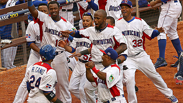 Robinson Cano leads the Dominicans' comeback with three hits as they stay undefeated in the WBC. (Getty Images)