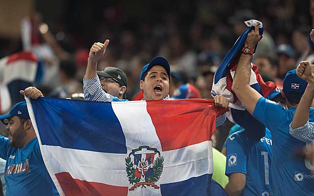 The vocal fans of the Dominican Republic helped push their team to a 3-1 win over the United States. (USATSI)