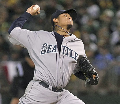 New season, same results from Mariners ace Felix Hernandez, who whiffs eight batters in 7 2/3 scoreless innings.  (USATSI)