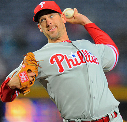 Cliff Lee steadies the Philadelphia ship, going eight scoreless as the Philles get their first win.  (USATSI)