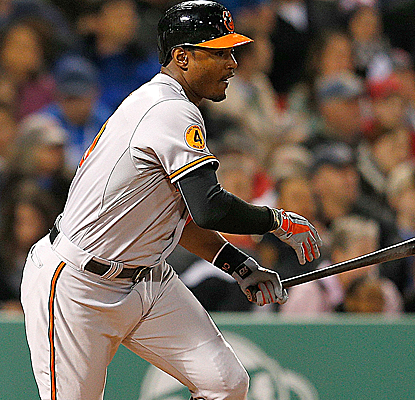 Adam Jones drives a tiebreaking two-run double to help lift the Orioles over the Red Sox.   (Getty Images)