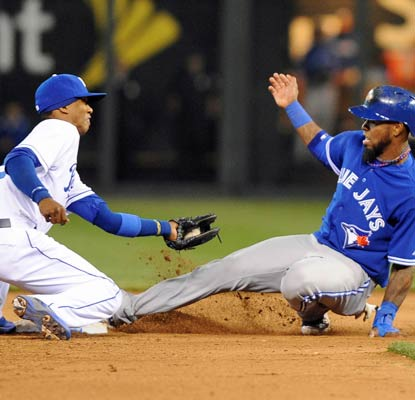 Jose Reyes' left ankle twists underneath him on a stolen base attempt in the sixth inning against the Royals.  (USATSI)