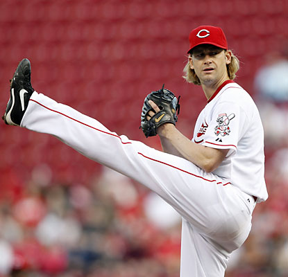 Bronson Arroyo (five hits allowed) loses a chance for the win after yielding a two-run HR to Chase Utley in the eighth. (USATSI)