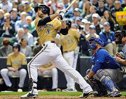 Milwaukee slugger Ryan Braun hits a three-run homer in the fifth before getting ejected three innings later. (USATSI)