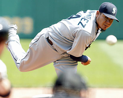 The Mariners get another dominant performance out of Felix Hernandez, who throws eight innings of one-run ball. (USATSI)