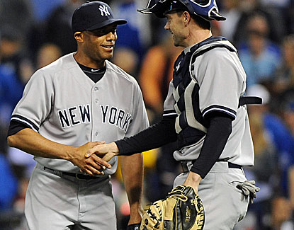 Mariano Rivera pitches a scoreless ninth inning and picks up his 14th save of the season. (USATSI)