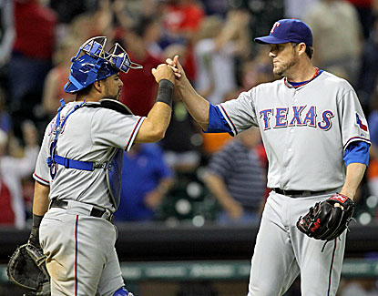Houston makes it interesting with three in the ninth, but Texas' Joe Nathan gets the final three outs for the save. (USATSI)