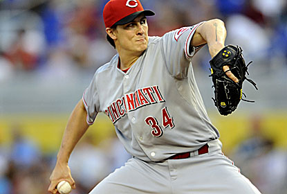Homer Bailey strikes out 10 and walks none in his first win since April 5 as the Reds pick up their fourth straight victory. (USATSI)