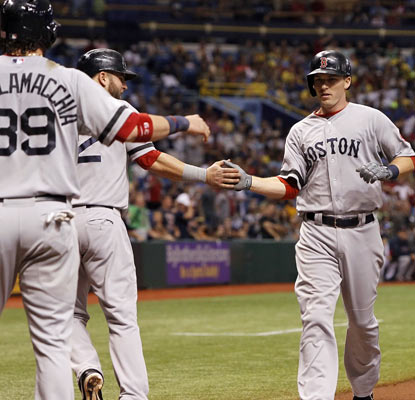 Stephen Drew comes home after his grand slam, helping the Red Sox snap a three-game losing streak.  (USATSI)