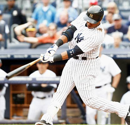 New York's Robinson Cano smacks a pair of two-run shots and has 12 multi-homer games in his career.  (USATSI)