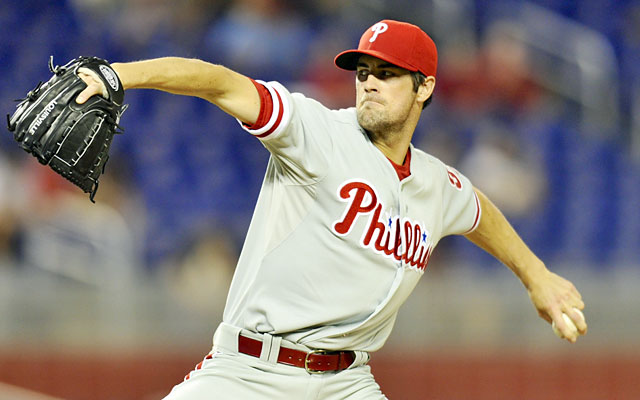Cole Hamels' frustration might be a product of the Phillies' offense not doing enough when he's on the mound. (USATSI)